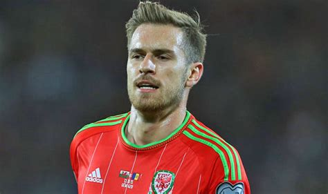 wales and arsenal fc star aaron ramsey explains exactly arsenal star aaron ramsey pays tribute to wales boss