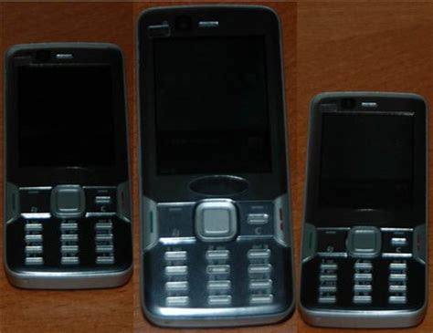 Shiny Review Sony Ericsson W880i by Live Pictures Of The Nokia N82 Leak Intomobile