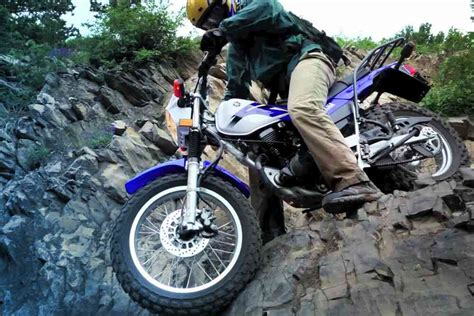 Yamaha TW200 Review   Pros, Cons, Specs & Ratings
