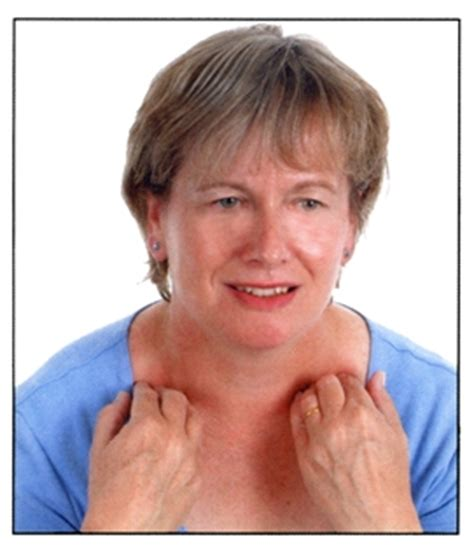 swelling left side of neck above collarbone image gallery lump near collarbone