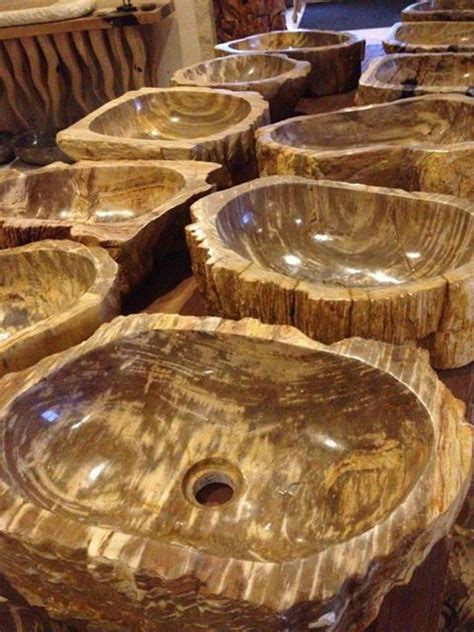 Waschbecken Auf Holz by Waschbecken Aus Versteinertem Holz Der Fliesenonkel