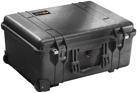 pelican cases 1560 protector large travel rolling cases