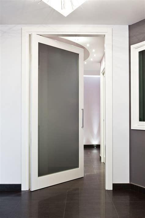porte interne vetrate porte vetrate in legno per interni di design realizzate su