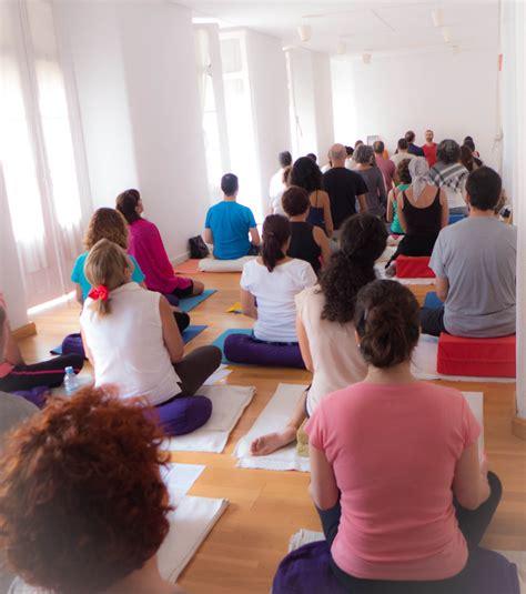 tutorial de grupo yoga yoga sala m 225 laga yoga tibetano en yogasala meditaci 243 n