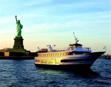Wedding Yacht Nyc by Serenity Yacht Charter Wedding Corporate Yacht