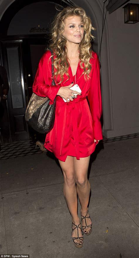 Daily Mail Wardrobe by Annalynne Mccord Suffers Wardrobe In