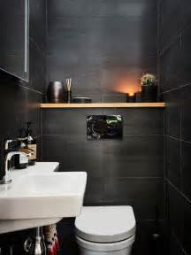 Tiling Small Bathroom Ideas Photos Et Id 233 Es D 233 Co De Wc Et Toilettes Avec Un Mur Noir