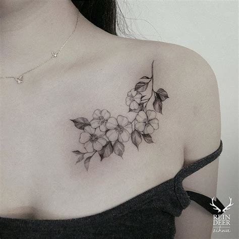 tattoo flower collarbone the delicate floral tattoos of zihwa tattoodo