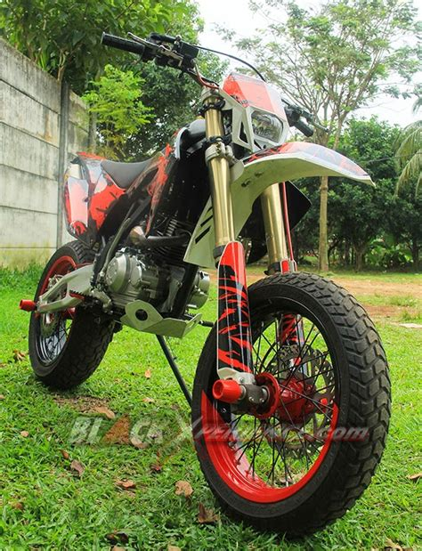 Kaliper Klx150 Belakang Original Kawasaki foto modifikasi motor kawasaki klx150 berita urepost