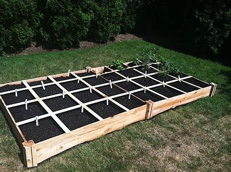 pictures of backyard vegetable gardens best 25 backyard vegetable gardens ideas on pinterest veggie gardens raised