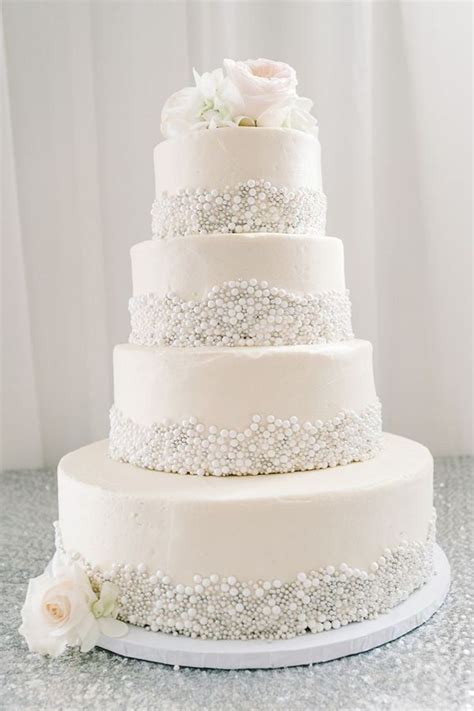 Wedding Cake Pictures And Ideas by 25 Fabulous Wedding Cake Ideas With Pearls Pearl Wedding