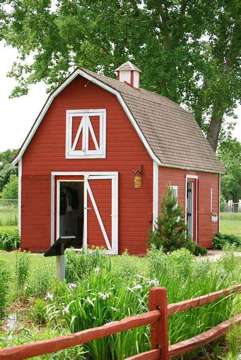 ideas  small barns  pinterest small