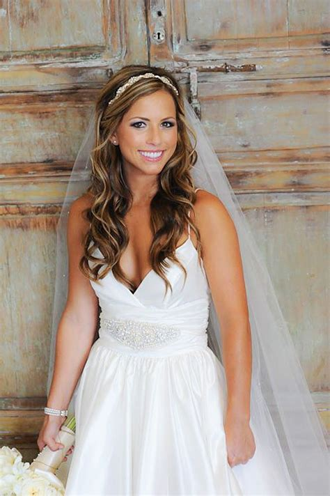 Wedding Hair Braid Veil by Wedding Hairstyles With Braids And Veil Www Pixshark