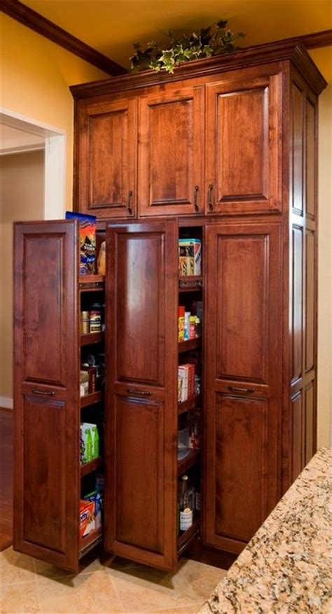 Kraftmaid Pantry Pull Out by 17 Best Ideas About Pull Out Pantry On Canned