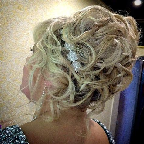 updo hairstyles for weddings for mothers 40 ravishing mother of the bride hairstyles updo curly