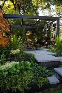 modern backyard designs best 25 modern backyard ideas on