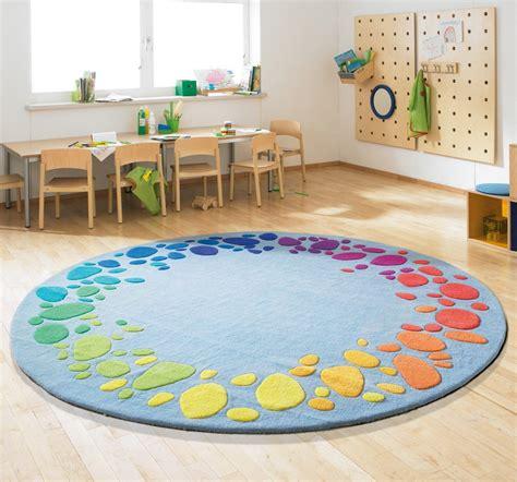 teppich kinderzimmer tapeten teppich regenbogen bestellen jako o kid s room