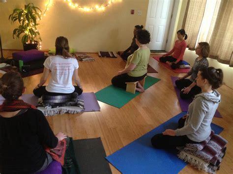 yoga meditation tutorial meditation training raja yoga and meditation center raja