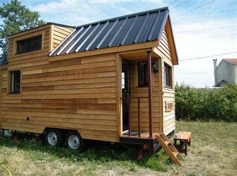 tiny houses de une tiny house 224 la fran 231 aise nomm 233 e baluchon 1 232 re
