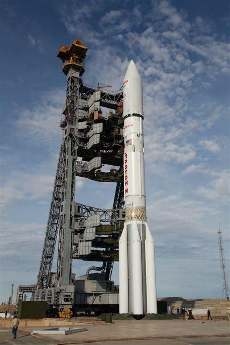 Proton Russia Photos Russian Proton Rocket Blasts With Echostar 21