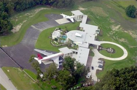 Travoltas House by Travolta S Driveway Is A Airport Literally