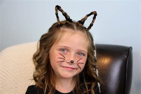 how to do halloween hairstyles braided kitty cat ears halloween hairstyles cute