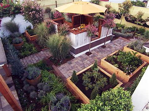 diy backyard design what s hot in backyard design 187 curbly diy design decor