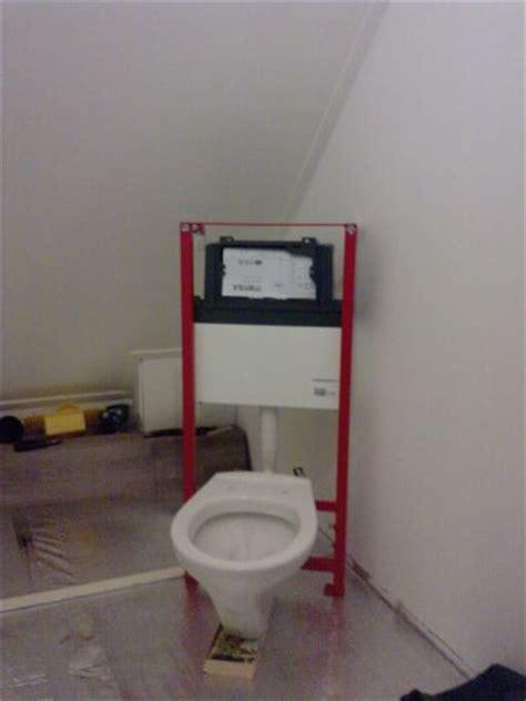Toilet Reservoir Achter Muur by Hangend Toilet Niet Aan Een Bestaande Muur Plaatsen
