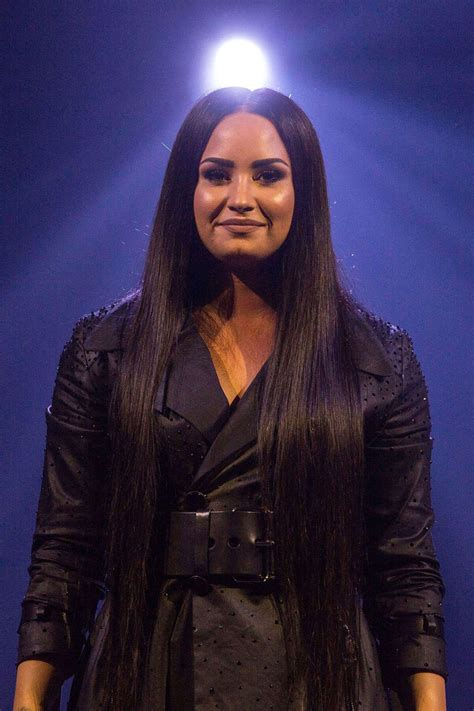 demi lovato and tour demi lovato stills performs at her tell me you love me