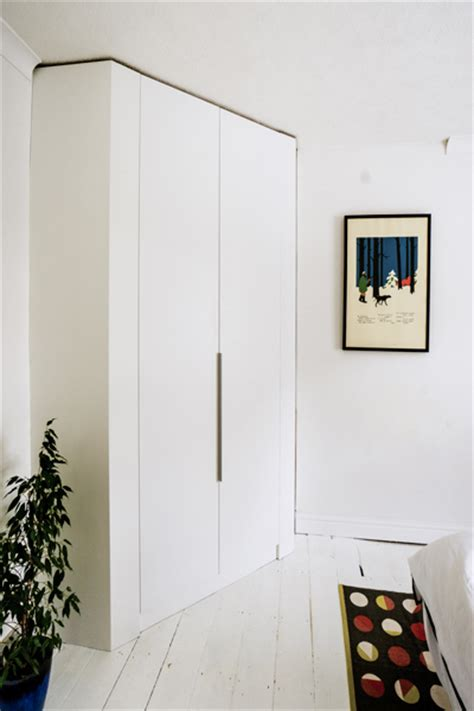 Modern Built In Wardrobes - fitted contemporary wardrobes