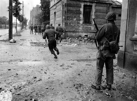 film vire romantis korea file cherbourg1944 combat avparis jpg wikimedia commons