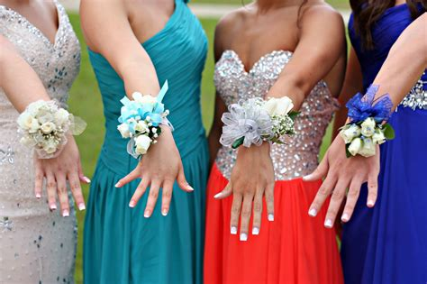 corsages for prom 2015 corsages for prom 2015 hairstylegalleries com