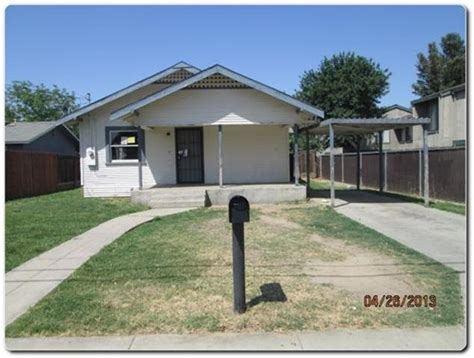 houses for sale in hanford 11242 jones st hanford california 93230 reo home details foreclosure homes free