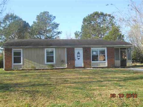houses for sale in jacksonville nc 108 pecan ln jacksonville north carolina 28546 foreclosed home information