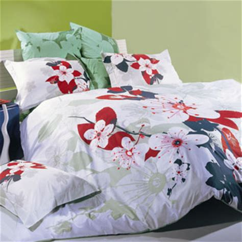 10 lovely bedding sets