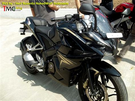bajaj pulsar 200 new model bajaj pulsar 200 ss as production version spied in indonesia