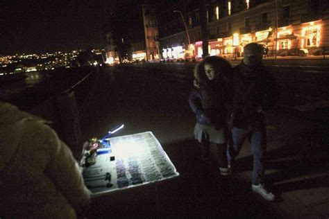 illuminazione pubblica napoli blackout a napoli