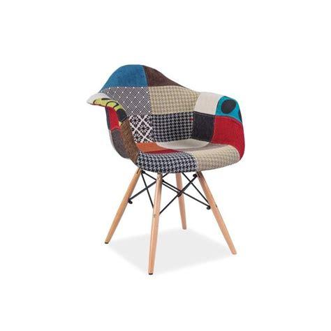 La Chaise Eames Chaise Scandinave Daw Patchwork Noir Et Blanc Doni