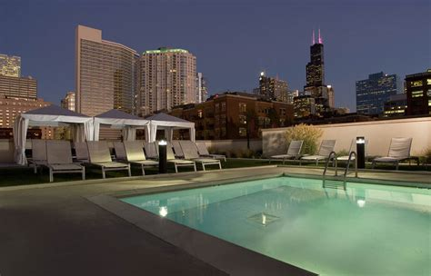 gallery apartments for rent downtown chicago echelon