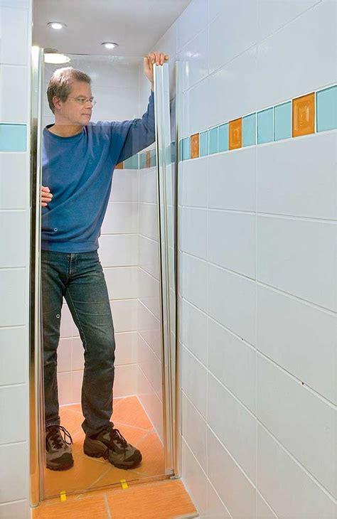 bagni con doccia a pavimento bagno piccolissimo con doccia progettazione e idee