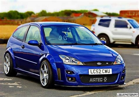 classic ford focus rs mk     ford