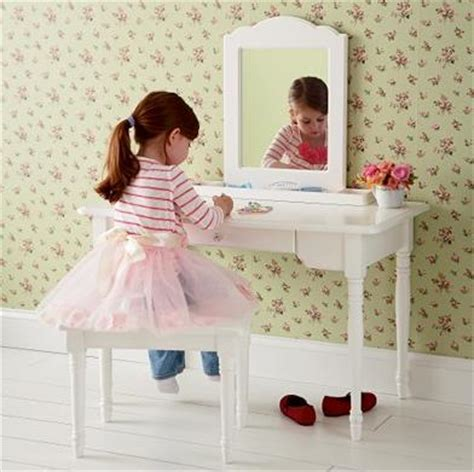 girls bedroom vanity girls bedroom vanity and mirror set