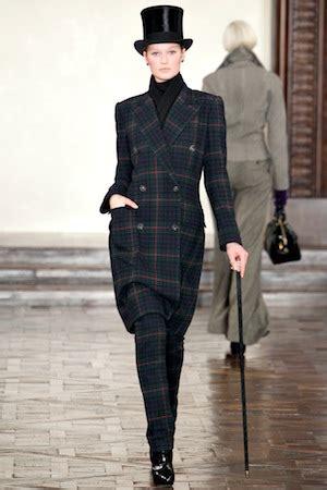 Mannish Chic At Fashion Week by チェスターコートを手に入れて 極める英国マニッシュ 定番ファッショントレンド 流行 モード Vogue Japan