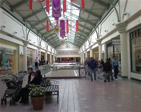 freehold raceway mall july 4th