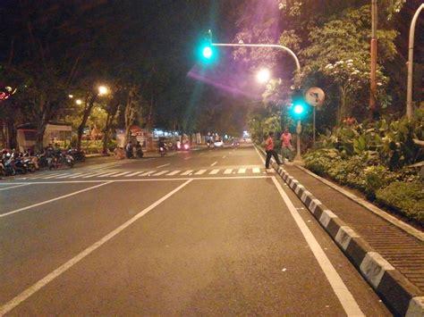 Malam Cantik Surabaya Asli jalan raya darmo surabaya di malam hari asli surabaya