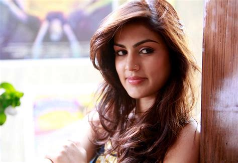 Jazzleen Biography | rhea chakraborty movies filmography biography and songs