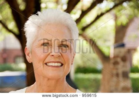 attractive 60 year old woman beautiful 60 year old woman short hairstyle 2013