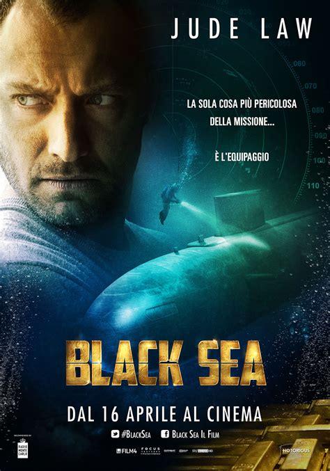 dark posters black sea due clip dal film con jude law