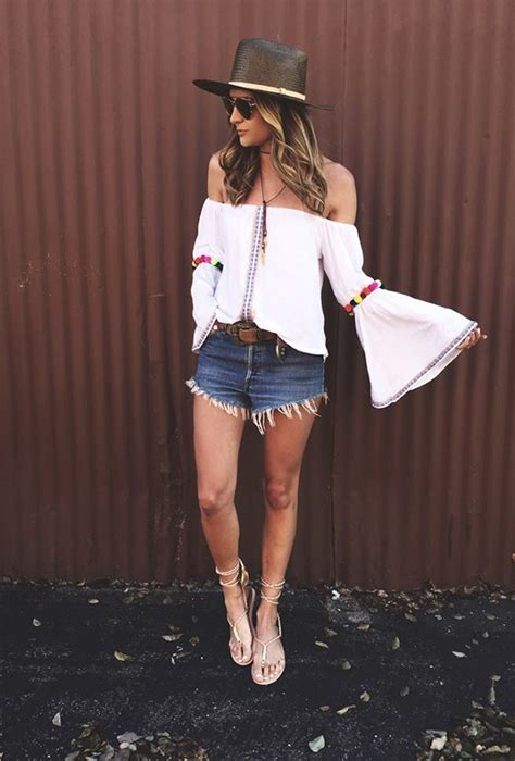 chic  casual summer outfits  relaxed moments
