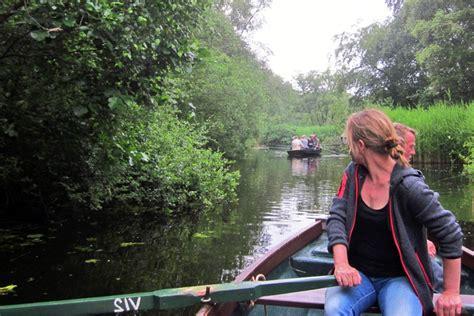 roeiboot vinkeveen van half juni tot begin juli roeiboot excursies door